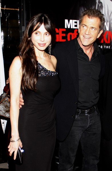 Mel Gibson and his new baby mama, Nadya Suleman, shown in the lull between the Teh Crazy!