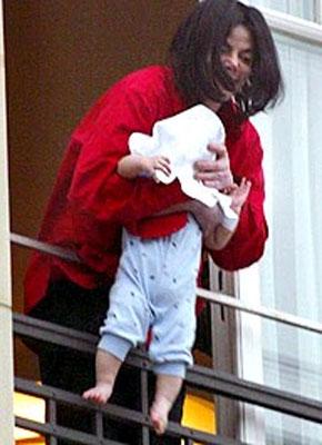 Blanket Jolie Pitt Manolo S Shoe Blog