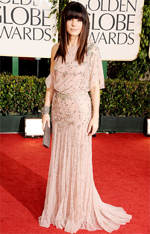Sandra Bullock at the Golden Globes in Jenny Packham